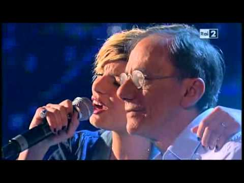, title : 'Luci a San Siro - Roberto Vecchioni ed Emma @ Due - 2 maggio 2011'