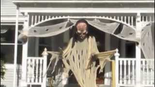preview picture of video 'Clinton PL Halloween 2012 -- Hackensack NJ by Iara Foschino'
