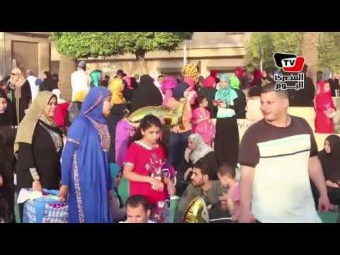 الآلاف يؤدون صلاة العيد بمسجد عمرو بن العاص