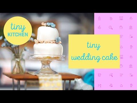 Tiny Wedding Cake | Tiny Kitchen
