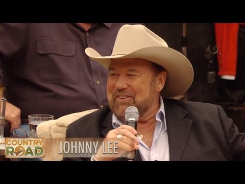 "Johnny Lee - ""Looking For Love in All the Wrong Places"""