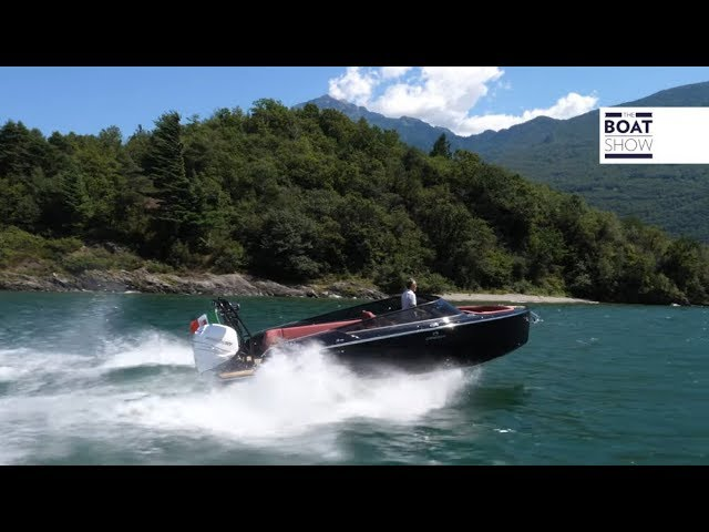 [ENG] CRANCHI E26 RIDER - Motor Boat Review - The Boat Show