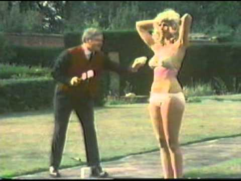 Super car video Another Classic from the Master Benny Hill Comedy..