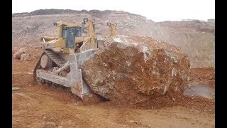 How powerful bulldozers work
