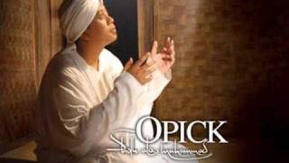 Download lagu Opick Feat Fira Flo Andai Waktu Memanggil Mp3