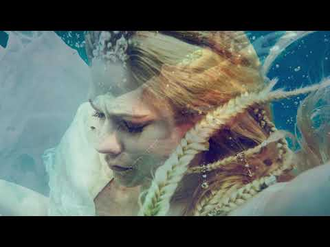 Avril Lavigne - Head Above Water (Official Instrumental)