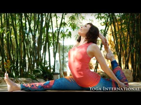 Sianna Sherman - Yoga International Feature Teacher