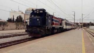 preview picture of video 'SNCFT Tunisia: GT 551 and Ganz EMU 001 at Monastir'
