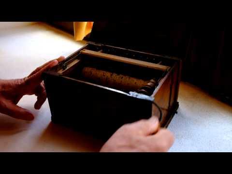Carillon francese a canne suona il Va Pensiero di Verdi