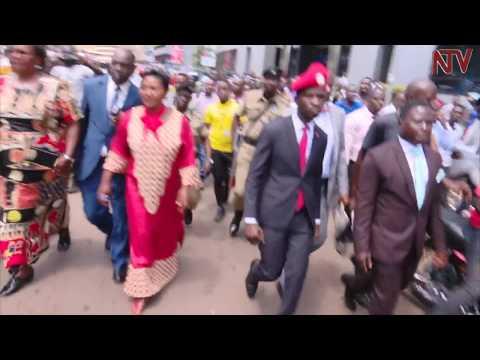 Opposition MPs escort Bobi Wine to Police