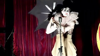 Le Pustra sings 'Missed Me' (The Dresden Dolls Cover)
