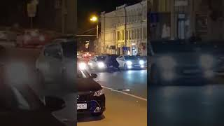 Драка на Ворошиловском на проезжей части 5.11.17 — Это Ростов-на-Дону!