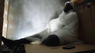 全城停电,男人被困在-30度冷库中,怎么做才能活下去?《紧急呼救911:S3-17》