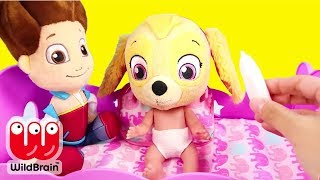 Paw Patrol Skye and Chase play Don't Wake Granny Challenge - Ellie Sparkles Toys and Dolls