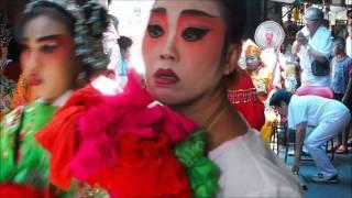 2015-05-17 Opening a new shop in the market, Thalad Noi, Bangkok