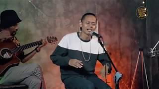 Wahyu Selow Ft Dhani - Selow (Live Recording Accoustic Version)