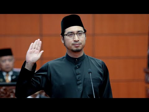 Dari Pegawai Khas Kini Menjadi Timbalan Menteri: Kenali Wan Ahmad Fayhsal