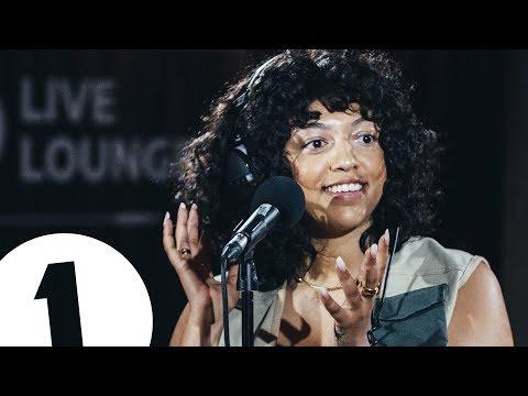 Mahalia  - Hold Me While You Wait (Lewis Capaldi) in the Live Lounge