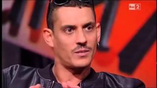Noyz Narcos,Clementino E Ensi Per Straight Outta Compton
