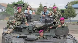 Download Video Serunya Hesti dan Indra Bekti Cobain Naik Tank Terbaru Milik Korps Marinir MP3 3GP MP4