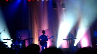 Devo- HD - Gates of Steel - Cold War - The Vic - Chicago, IL 2009