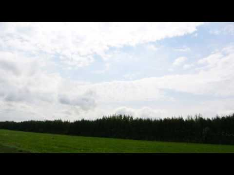 Взгляни на небо посмотри как плывут облака