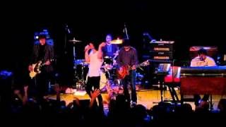 The Charlatans - Can't Get Out of Bed (Live)