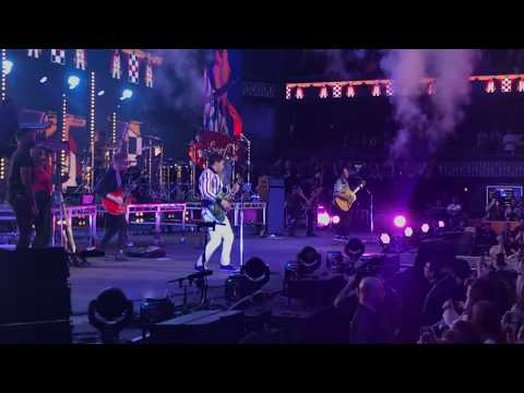 Jonas Brothers - Cool LIVE In Minneapolis