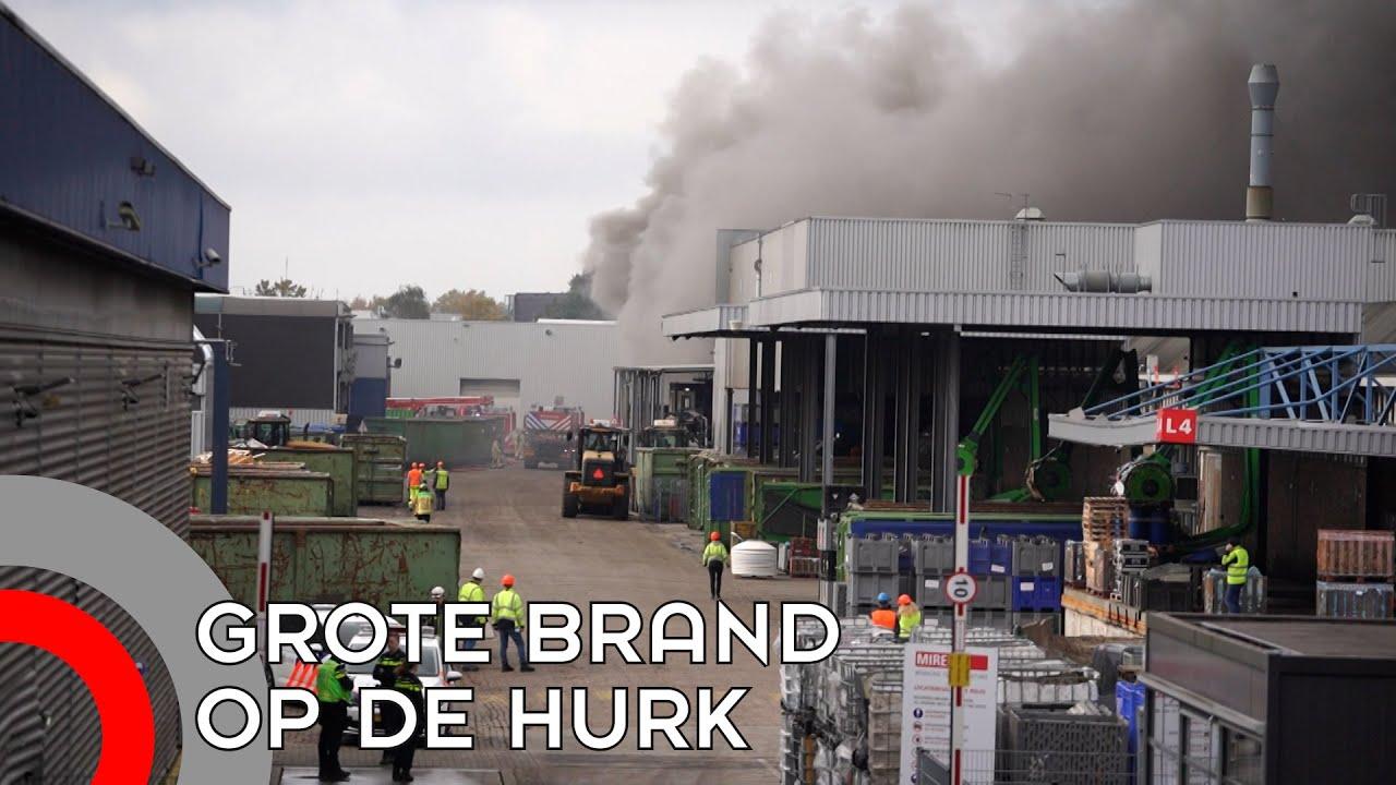 Grote brand bij afvalbedrijf op industrieterrein De Hurk