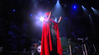 [HD] Bat For Lashes - What's a Girl to Do? (Live at iTunes Festival 2012)