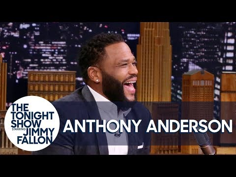 , title : 'Anthony Anderson Will Graduate from Howard with His Son in 2022'