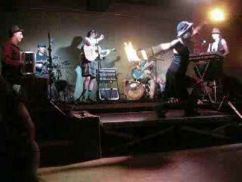 Gamalataki live en mojo club 1