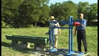 Hand water pump with a pendulum - Veljko Milkovic