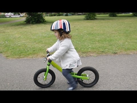 How to teach your child to ride a balance bike quickly and simply | Cycling UK