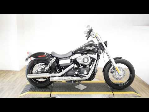 2011 Harley-Davidson Dyna® Street Bob® in Wauconda, Illinois - Video 1