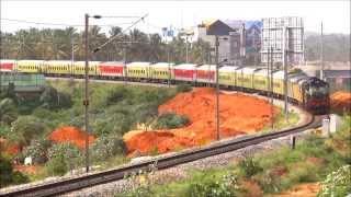 WOUNDED SNAKE ! Delhi -Yesvantpur Duronto ( 12214 DEE - YPR) KJM WDM-3A