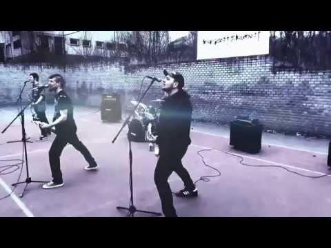 Bezstarost - Bezstarost - Nejasná existence (Official video 2015)