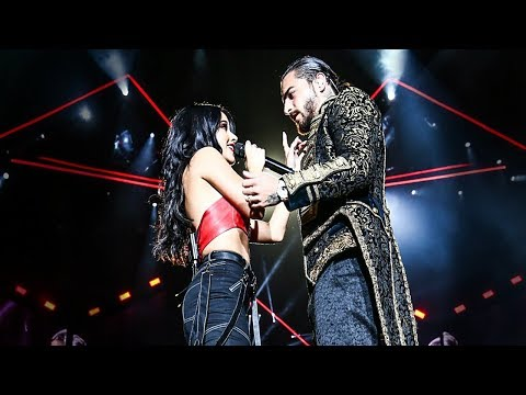 Becky G - Mayores (ft. Maluma - Live at The Forum)