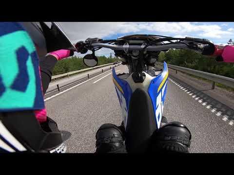 Husaberg FE450 2014 SUPERMOTO Wheelie