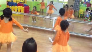 Lớp học múa Ballet cho bé (phần 2)