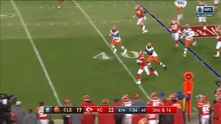 Backup QB Chad Henne SAVES THE CHIEFS & Surprises Everyone With Throw to Tyreek Hill To Seal Game