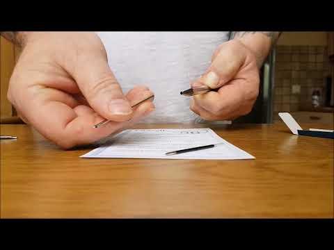 Minenwechsel bei Vierfarben Kugelschreiber