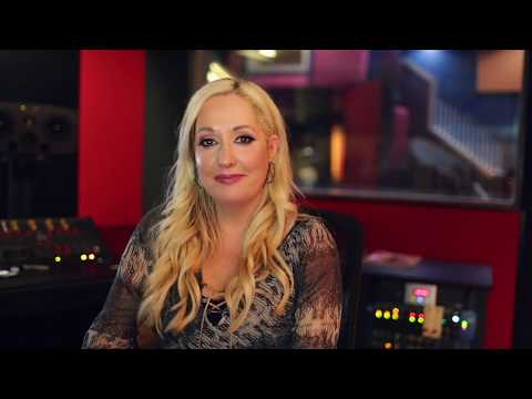Lia Caton - Behind The Scenes Interviews - The Record Shop Nashville
