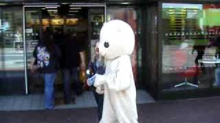 preview picture of video 'Jess Teddy Bear visits McDonald's at Southend on Sea'