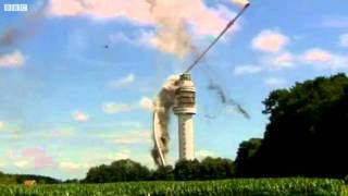 Sureal Footage of Radio Tower in Holland Collapsing after Fire