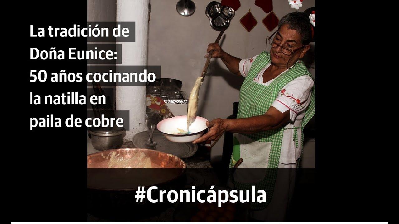 La tradición de Doña Eunice: 50 años cocinando la natilla en paila de cobre