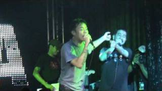 Parokya Ni Edgar Live in Singapore 2010 - This Guy's In Love With You Pare