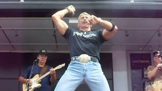 Aaron Tippin -Kiss This Live