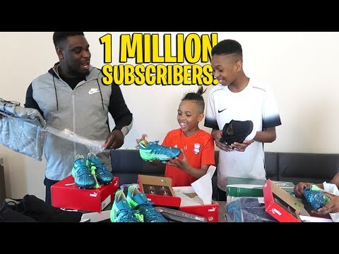 *SECRET* 1 MILLION SUBSCRIBER Football Unboxing!