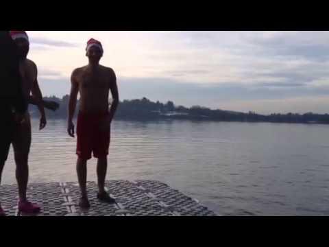Tuffo nel lago di Monate